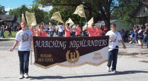 marching-highlanders