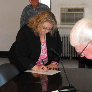 Knox County Public Administrator Theresa Hamlin